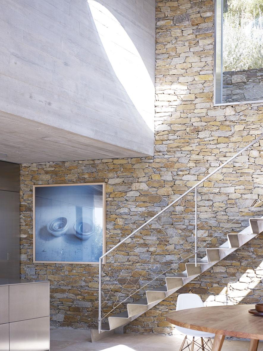 Maison Le Cap – Cap Nègre, France AD Magazine . Picture editor : Shirley Doukhan . Artistic Direction : Olivier Foltzer