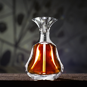 HENNESSY & MLF . Cognac